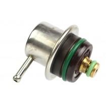Regulátor tlaku paliva VW Golf II 037133035C